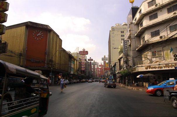 タイ バンコクヤワラート 街並み