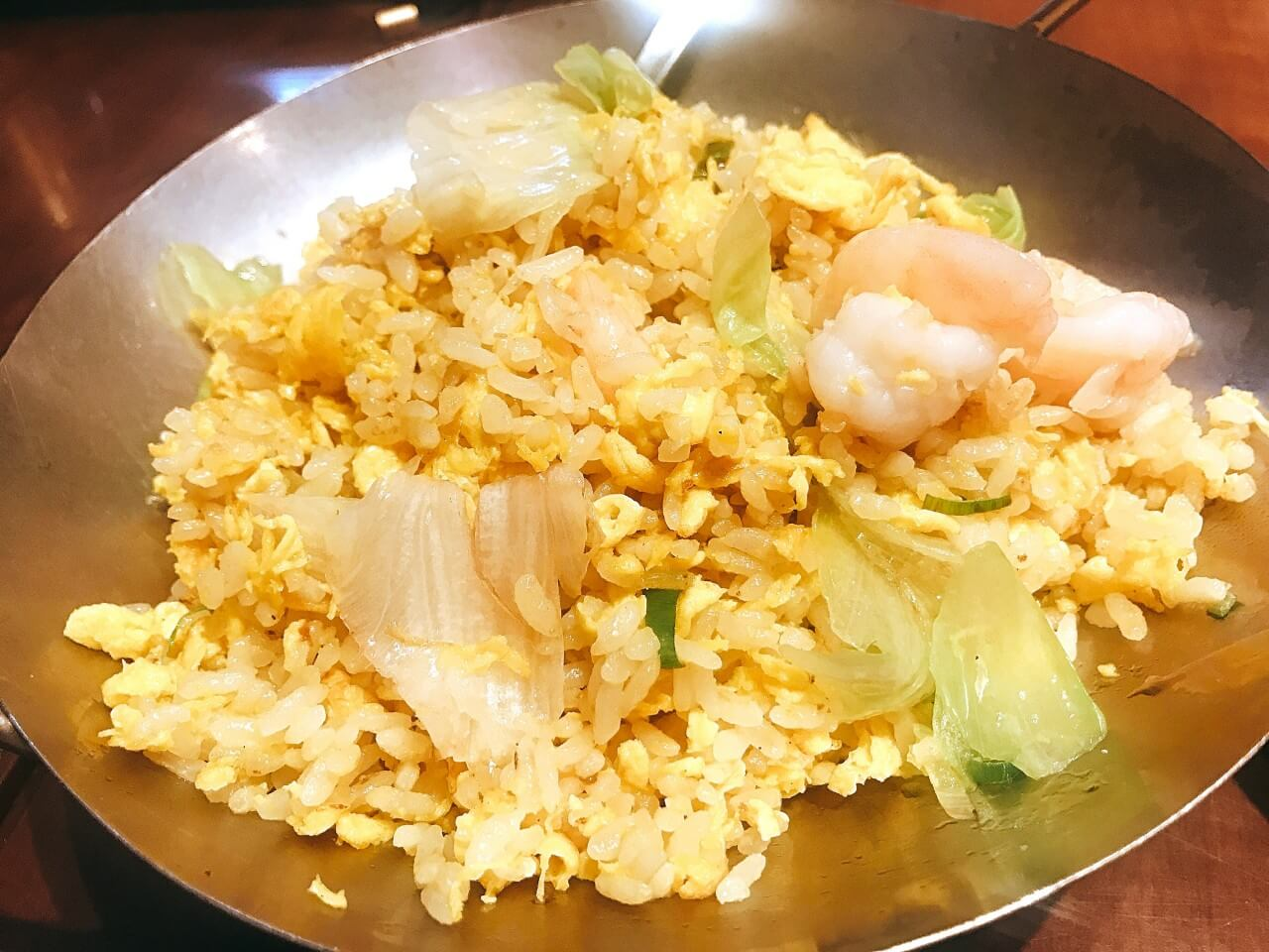 福盈門(フクエイモン) 新橋店の海老入りチャーハン(780円)