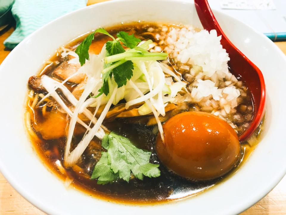 煮干麺 新橋 月と鼈(つきとすっぽん)特製煮干そば(1000円)